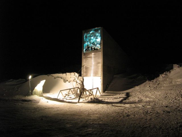 1024px-Entrance_to_Svalbard_Global_Seed_Vault_in_2008